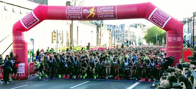 2019 Cardiff Half Marathon start line
